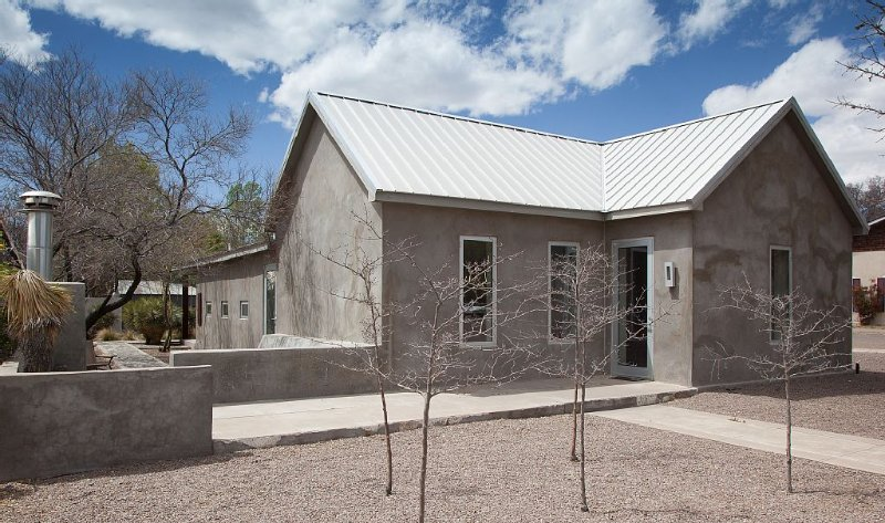"A ""house As Minimal As Any Work By Judd"" -says The NYT About This Downtown Adobe, vacation rental in Marfa"