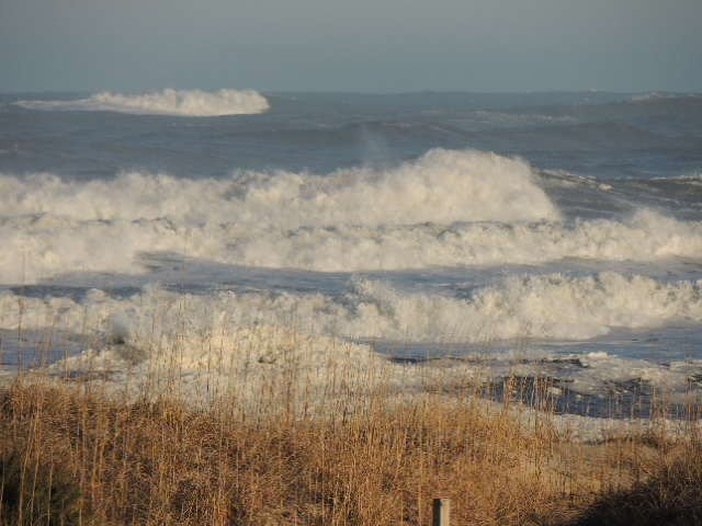 Mega surf from the March 7, 2013 storm