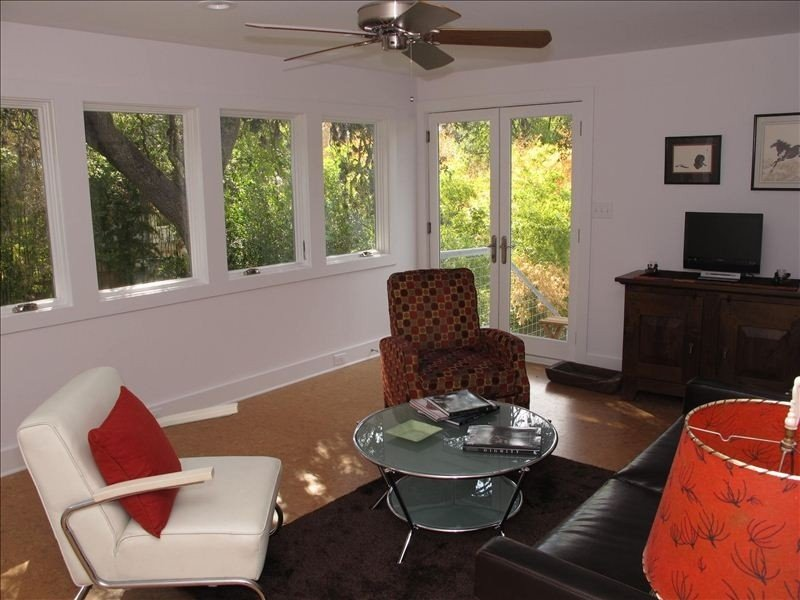 Soco - Secluded 2 Bedroom Studio, vacation rental in Austin