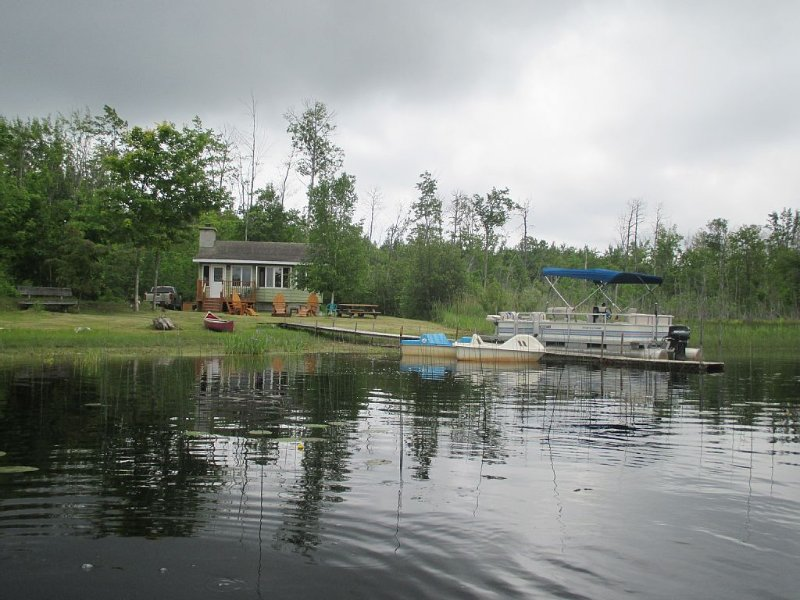 A Northern Michigan Hideaway Right in the Middle of Great Attractions, alquiler de vacaciones en Emmet County