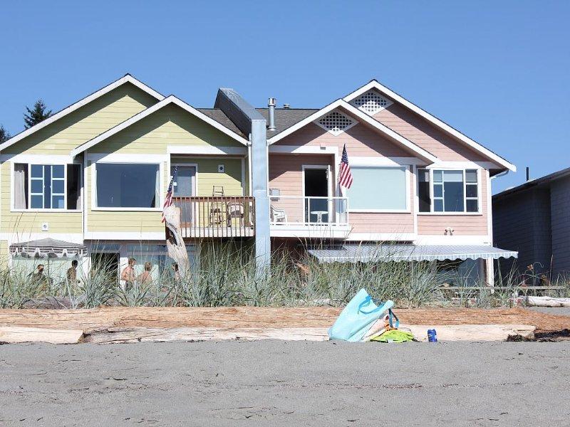 Mutiny Bay Charming Sandy Beachfront - Pets Welcome!, vakantiewoning in Freeland