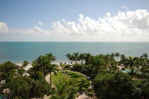 Dec special 3 for price of 2!  1 bdr OCEAN Front Suite Ritz Carlton Key Biscayne, casa vacanza a Key Biscayne