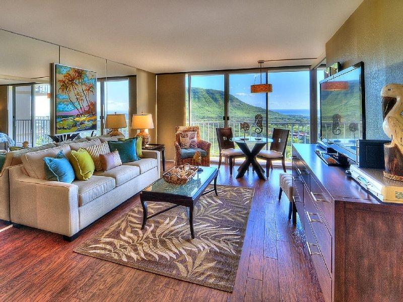 Elegantly Decorated & Upgraded Condo With Ocean & Mountain Views, Free WiFi, alquiler de vacaciones en Waianae