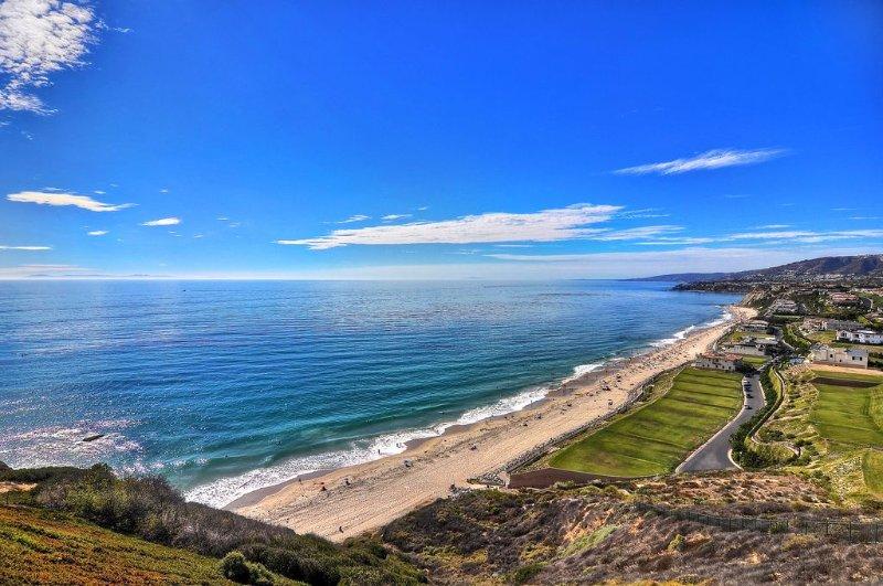Surf View offers Multi-Million Dollar View, aluguéis de temporada em Dana Point