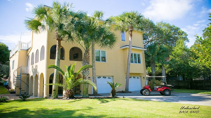 X-mas Special! $333/nt! For Dec! Folly meets Mediterranean-400 steps to Beach!, location de vacances à Folly Beach