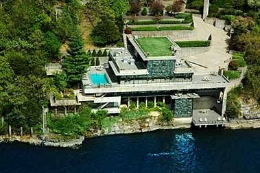 Elegant Lakeside Executive Estate Home-Sleeps 20, Pool, Tennis Court, Best View., alquiler de vacaciones en Lake Ozark
