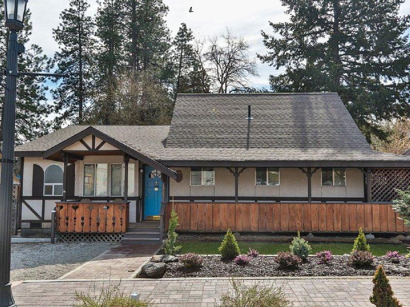 Cottage in Town Leavenworth - Walking distance to downtown, location de vacances à Peshastin
