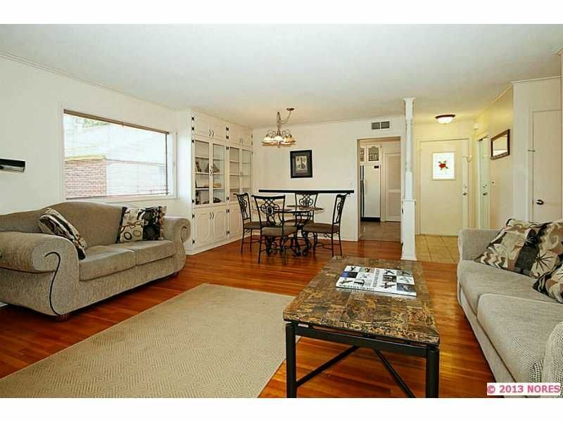 Enjoy Your Private Pool and Two Living Areas While Close to the Expo in Midtown, holiday rental in Tulsa