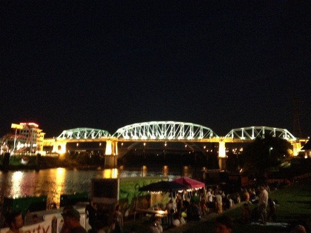 Weekly live music downtown on the river