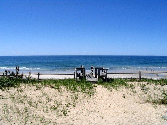 ocean front beach front 4 bed 3 bath private beach, Ferienwohnung in East Dennis