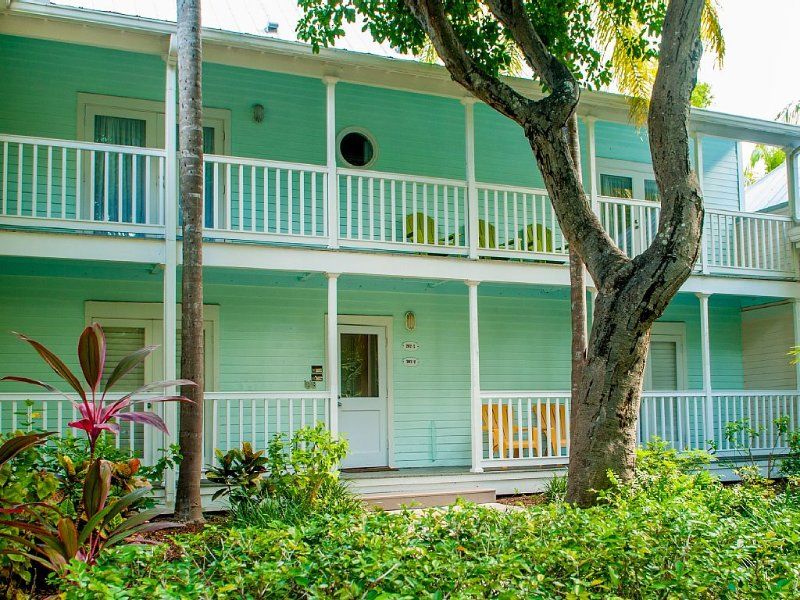 Truman Annex Best Location in Town, Ferienwohnung in Key West