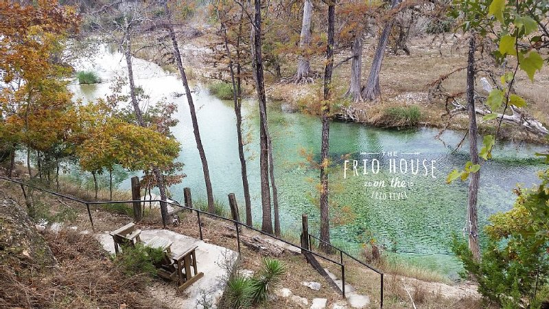 RIVERFRONT! - The Frio House - Riverfront property on the Frio River, holiday rental in Vanderpool