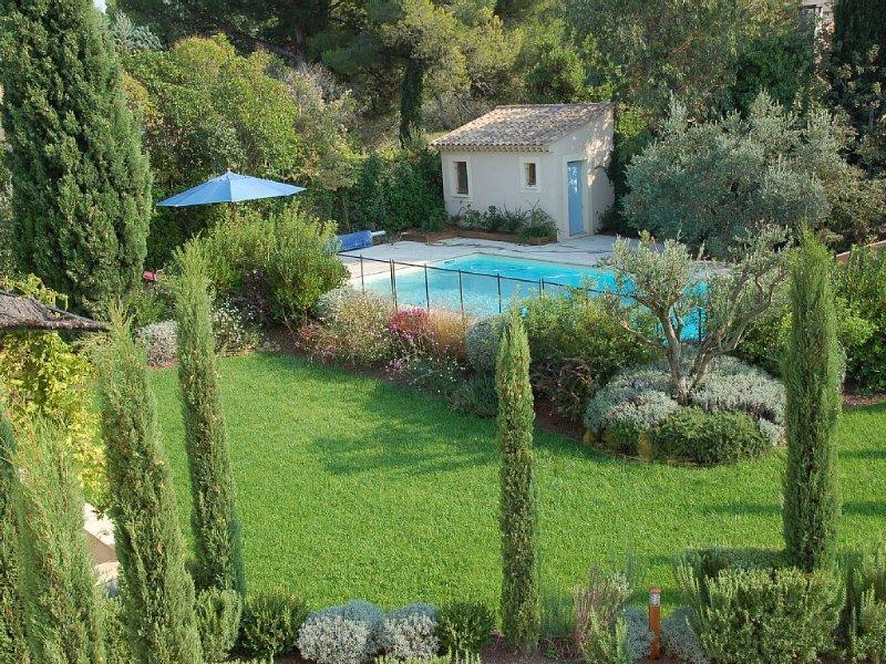 St Rémy De Provence: Charming Provencal Mas, walking distance from the village, Ferienwohnung in St-Rémy-de-Provence