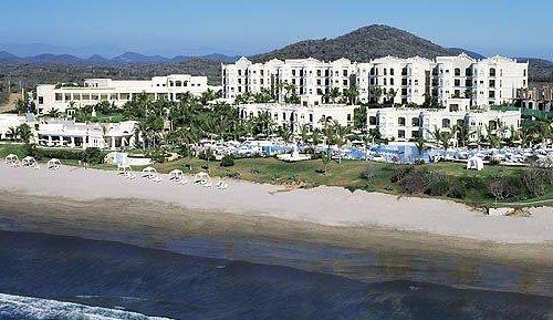 CHRISTMAS OR NEW YEARS IN A VILLA AT PB EMERALD ESTATES - EMERALD BAY ALSO AVAIL, alquiler de vacaciones en Mazatlán