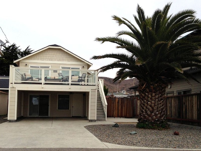 Ocean View Home, Upper Unit, Steps to Beach, alquiler de vacaciones en Cayucos