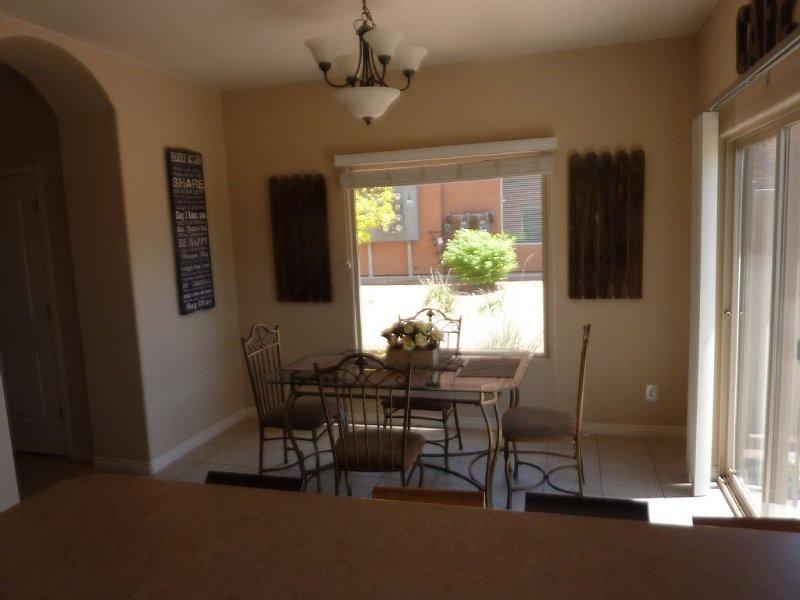 Contemporary Townhome In Kanab, Utah 'the Greatest Earth On Show', vacation rental in Kanab