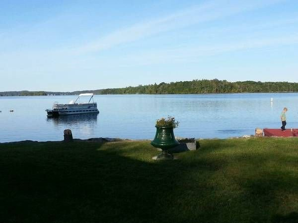 Loon Cottage on Cobbosseecontee Lake, vacation rental in Winthrop
