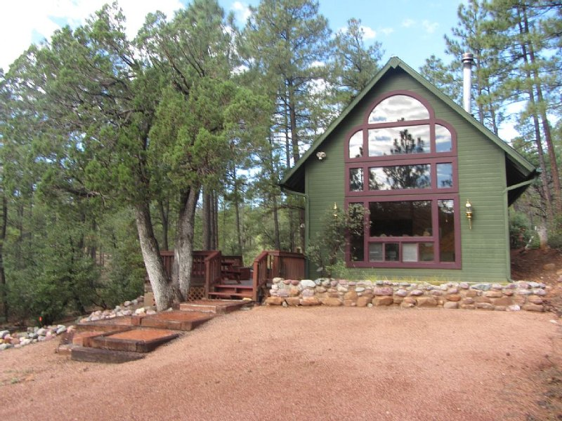 Romantic Chalet in the Forest, alquiler vacacional en Star Valley