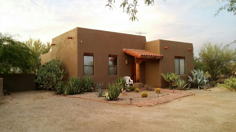 Golf Getaway, Beauty and Privacy In The Desert, secluded, amenities nearby, alquiler vacacional en Tortolita