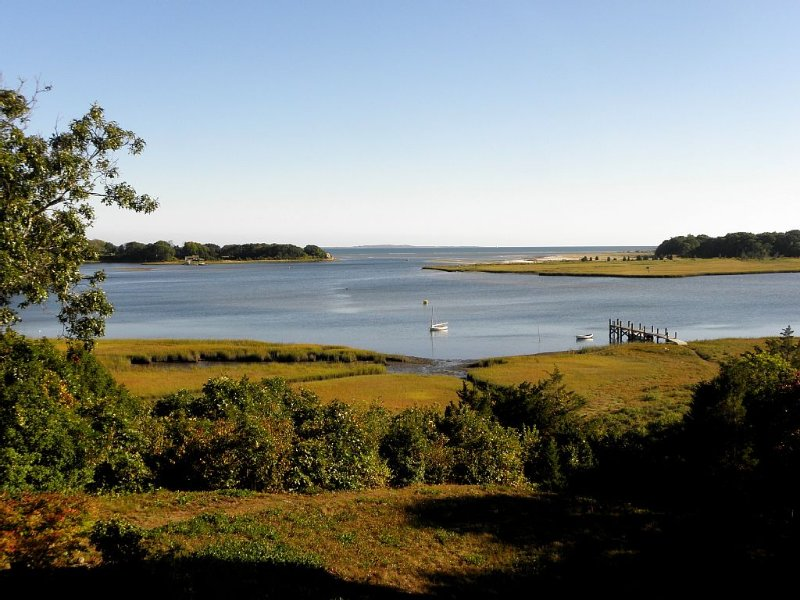 'Little Neck' - Where The Slocum River Meets Buzzards Bay, vakantiewoning in Westport Point