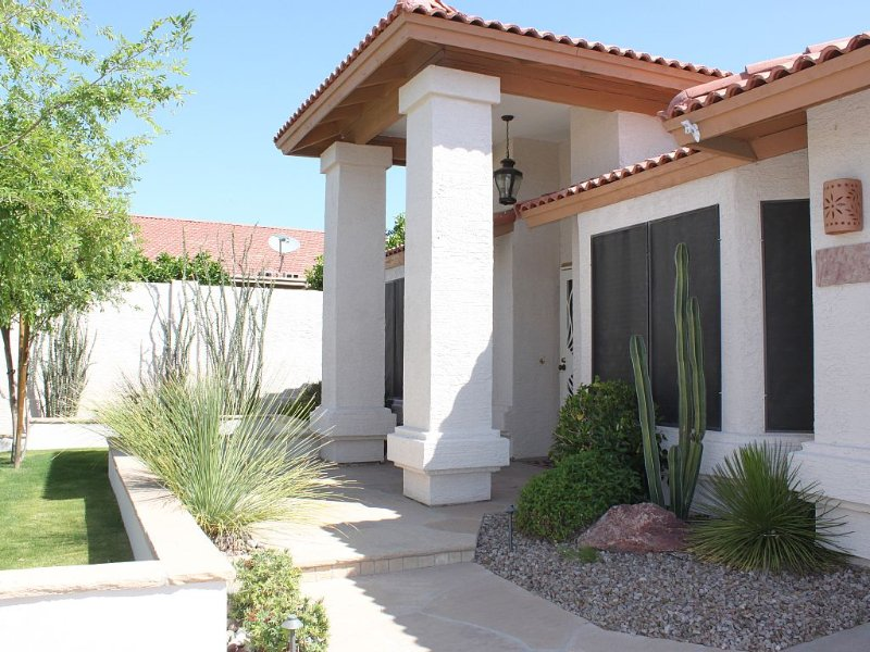 Recreation-Relaxation-Vacation! Pool Table, Heated Pool+Spa, vacation rental in Phoenix