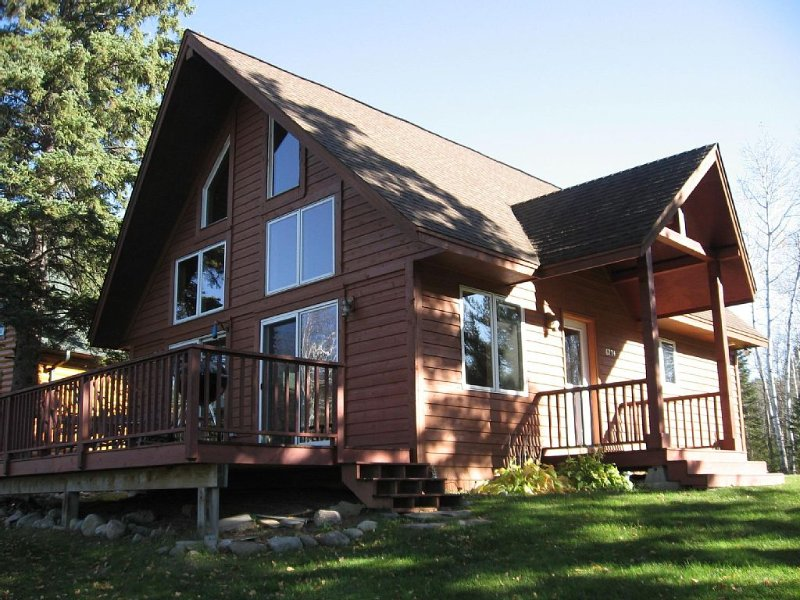 Leech Lake Cabin on Paul Bunyan Trail for Fishing and Biking, casa vacanza a Walker
