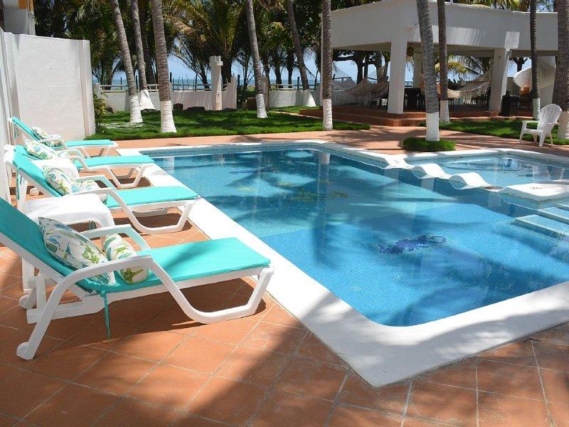 Casa Blanca Ocean Front, alquiler de vacaciones en El Porvenir