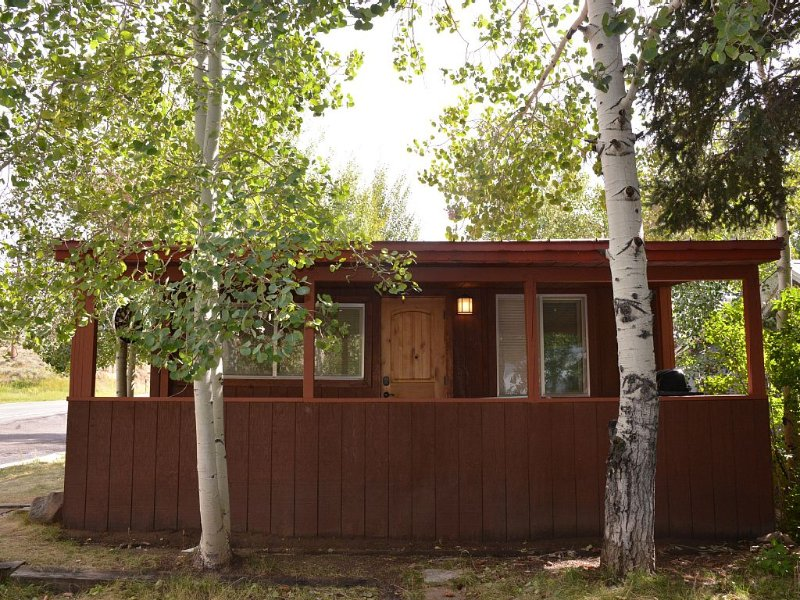 Scofield Lake House - Right on the Lake!!!, casa vacanza a Fairview