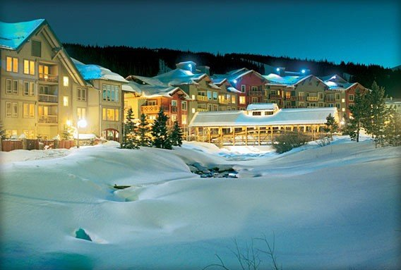 Tucker Mountain Lodge 2BR/2BA, Center Village-1 min walk to Lifts!, alquiler vacacional en Copper Mountain