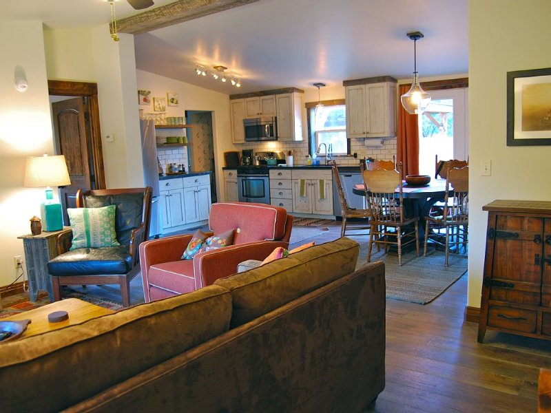 Quaint Home In Town With Rural Feel!, vacation rental in Moab