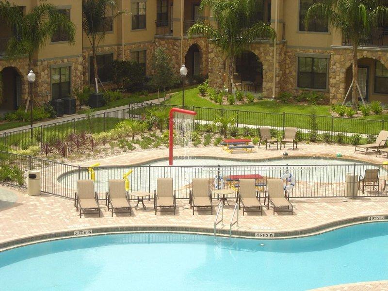 "Now Open Luxury New  King beds 49""SmartTV WiFi 1st fl, heated pools, Disney 11mi, vacation rental in Davenport"