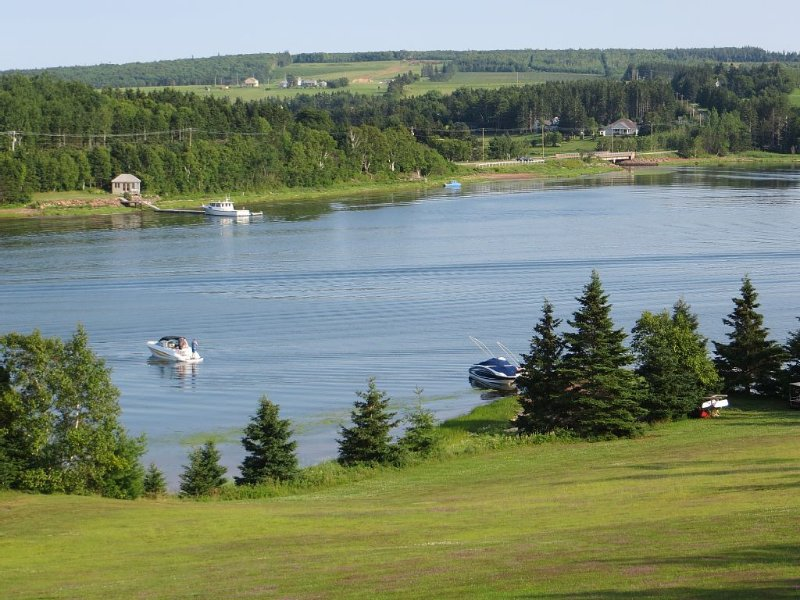 Million Dollar View - Stanley View Cottage - Relax and Enjoy, holiday rental in Clinton