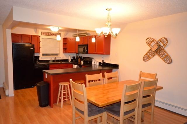 Remodeled, Ground Level, Family Friendly Mountain Haven   Flexible cancellation, casa vacanza a Winter Park