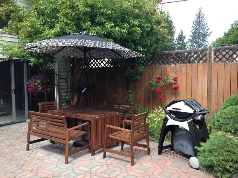 Patio Dining and Gas Grill