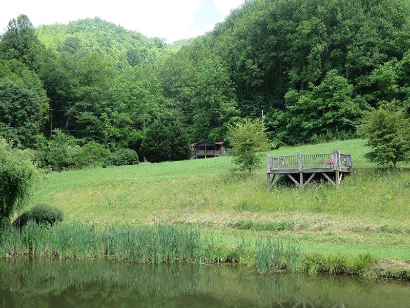Cabin, private pond, private mountain