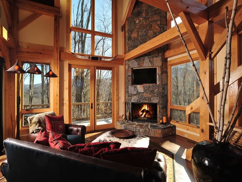 ASK ABOUT DISCOUNTED RATES!Rustic Cedar Rock Home at The Lodges at Eagles Nest, holiday rental in Banner Elk