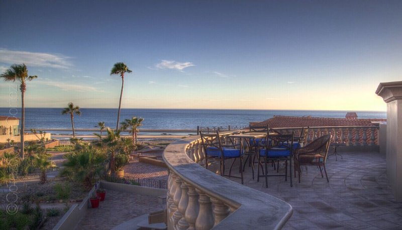 Large Gorgeous Home w/ Great Views and Amenities (kayaks and SUPs)! Pet Friendly, vacation rental in Puerto Penasco
