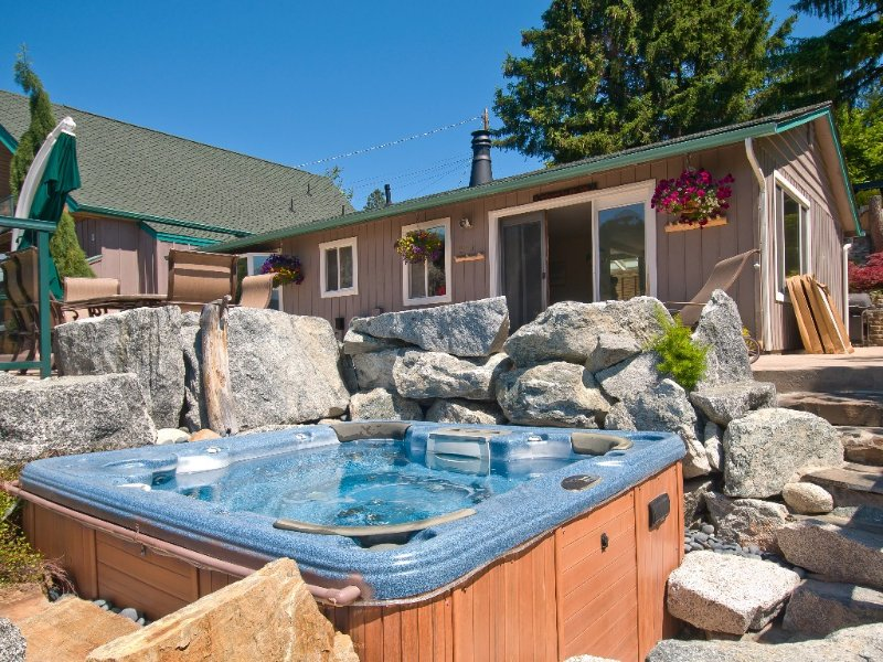 Family Vacation House-Lake Chelan, holiday rental in Manson