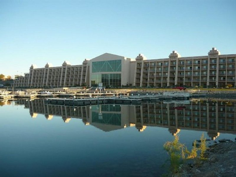 Blue Water Resort and Casino