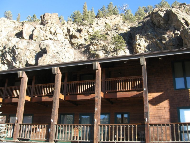 Downtown Loft with Balcony, across from river confluence, walk to restaurants, vacation rental in Estes Park