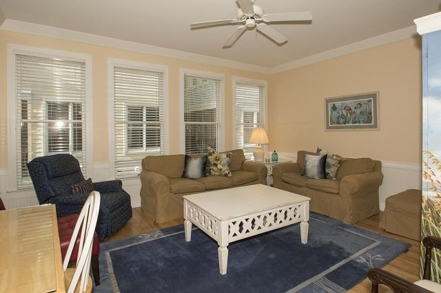 Classic Vacation Home w/ Wild Dunes Amenities!, vacation rental in Isle of Palms