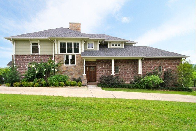 Big Luxury Living In The Heart of Nashville, holiday rental in Whites Creek