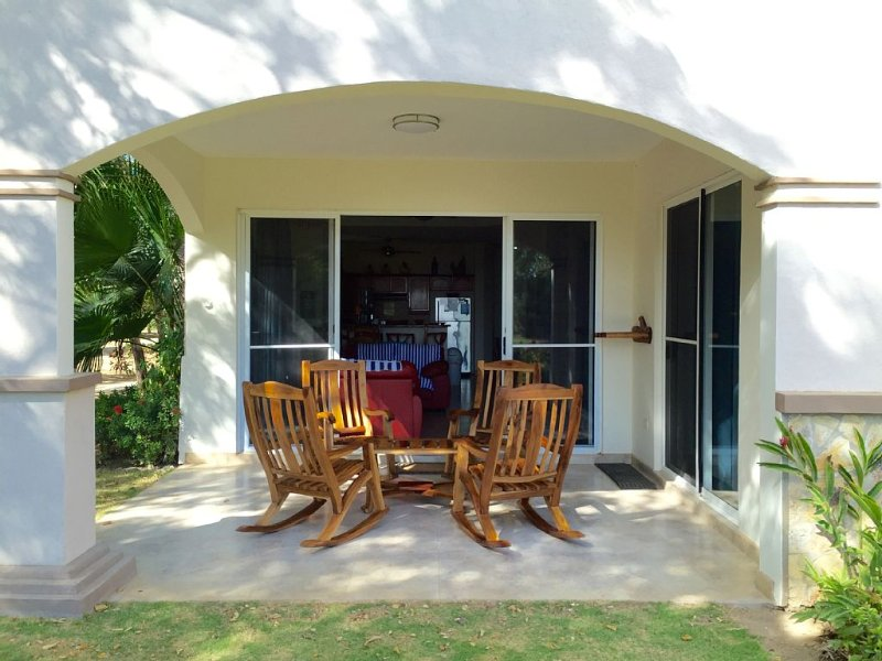 Ocean Front Condo at Playa Colorado Surf Break in Iguana Beach, vacation rental in Popoyo