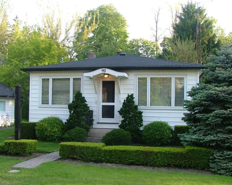 Charming Cottage in Fabulous Location in Niagara on the Lake, holiday rental in Niagara-on-the-Lake