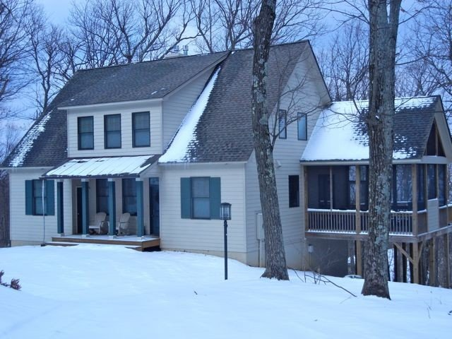 Desirable Devil's Knob location - Perfect Family Retreat!, holiday rental in Roseland