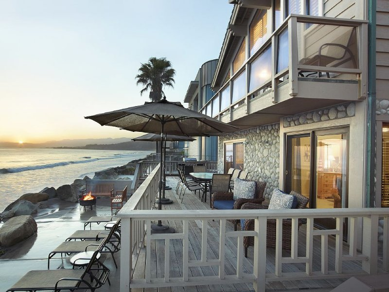 Beach House on the Water Between Santa Barbara and Ventura, vacation rental in Ventura