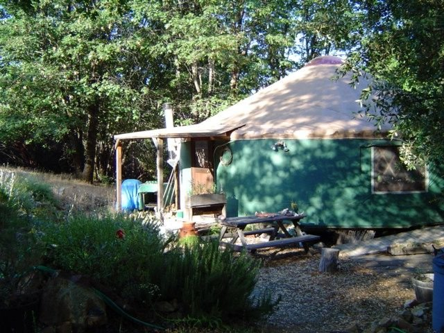 Adventurous And Comfortable Glamping In The Heart Of Yuba River Gold Country, alquiler vacacional en Bangor