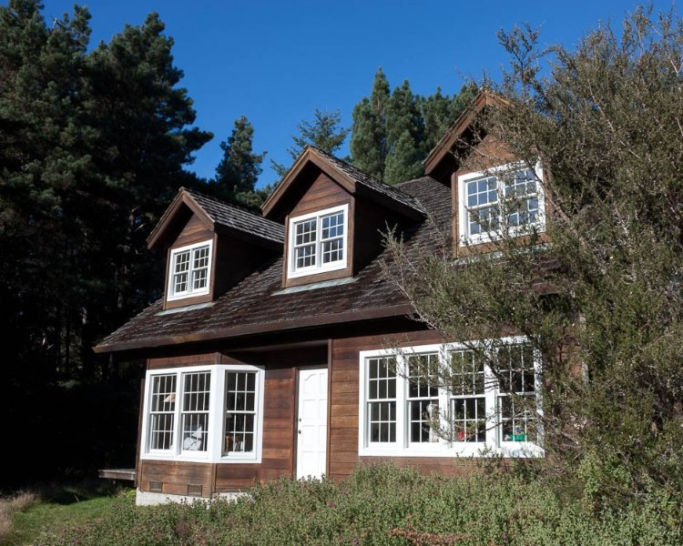 Cozy House In Large Private Meadow In The Woods; Minutes From Coastal Sand Dunes, vacation rental in Mendocino County