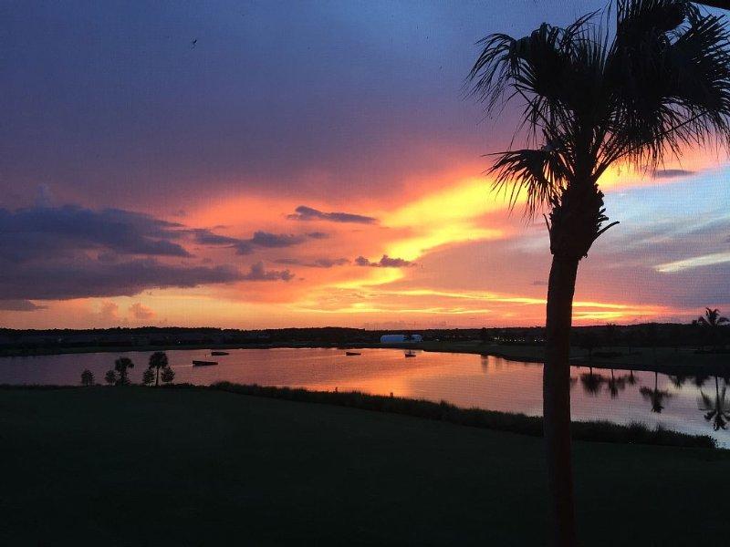 Beautiful 2BR/2BA Condo With Golf Privileges And Luxury Amenities, alquiler de vacaciones en Ave Maria