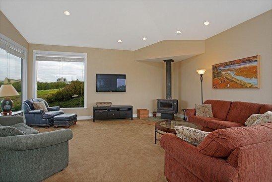 Living room (near front door)